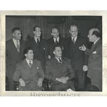 1947 Press Photo Detroit Police Members