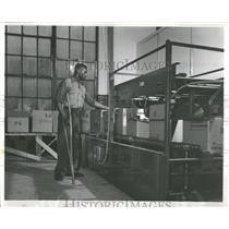 1954 Press Photo Goodwill Worker Box Sealing Machine