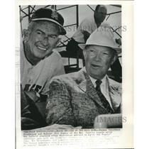1962 Press Photo Giants baseball's Bill Rigney with former president, Eisenhower