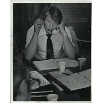 1976 Press Photo Milwaukee Bucks' coach Don Nelson spent the day on the phone.