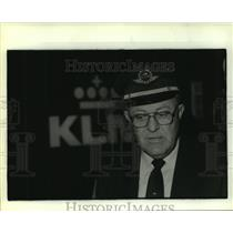 1986 Press Photo Captain Marenus Stroom of KLM Airlines in uniform - hca40750