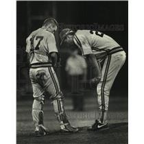 1991 Press Photo Arrowhead pitcher Brian Steinbach consoled by Jason Sandri.