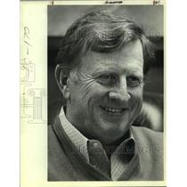 """1982 Press Photo B.J. """"Red"""" McCombs, businessman and sports team owner"""