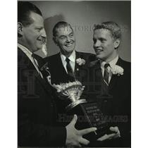 1965 Press Photo Robert Cannon presents Olympic swimmer Don Schollander w/trophy