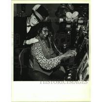1994 Press Photo Monte the mime & Linda Barnes at Bayou Caddy's Jubilee Casino