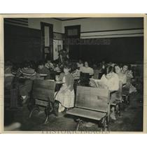 1951 Press Photo Fort Hall Reservation public elementary school class, Idaho