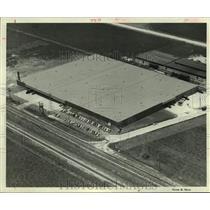 1956 Press Photo Joske's warehouse, 6666 Mykawa, Houston - hca45360