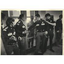 1975 Press Photo Wisconsin Police officers charging Menominee Native Americans.