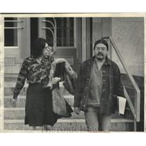 1975 Press Photo Menominee Native American Michael Sturdevant leaves courthouse
