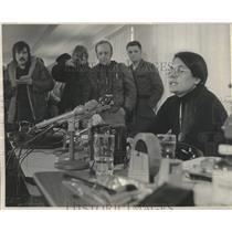 1975 Press Photo Menominee Indian spokesperson Ada Deer at press conference.