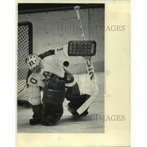 1986 Press Photo The Milwaukee Admirals' Lindsay Middlebrook, Hockey Goalie