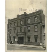 1955 Press Photo Three-story brick building for accommodating shelterless men