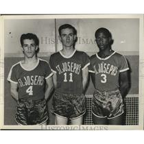 1961 Press Photo St Joseph's Academy, Albany basketball players pose for photo