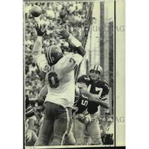 1970 Press Photo New Orleans Saints and Denver Broncos play NFL football