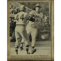 1971 Press Photo Richie Hebner, coach Frank Oceak, Pittsburgh Pirates baseball