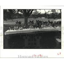 1983 Press Photo Motorcyclists eat meal after ride in Houston - hca47393
