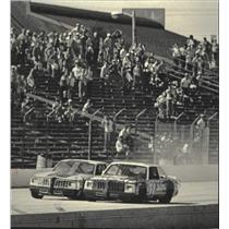 1985 Press Photo Rick Mast and Jack Ingram race cars, Sentinel 200, State Fair