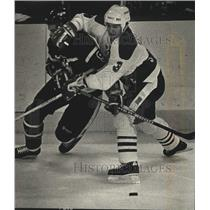 1989 Press Photo Steve Veilleux of the Milwaukee Admirals and Bob Lakso