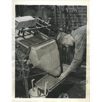1942 Press Photo Plant Bureau of Mines Canadian - RRW33987