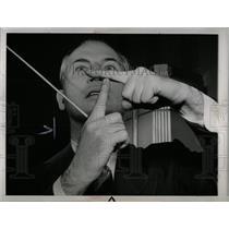1943 Press Photo Radio Signals Harry Kogen - RRW69681
