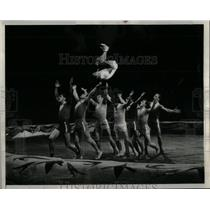 Press Photo The Dazzling Doveykos Moscow Circus - RRX09689