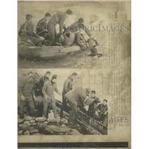 1976 Press Photo Korean Navy removes artifacts - RRW45909