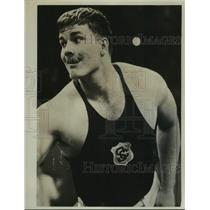1961 Press Photo Wrestler Dallas Long looks away during competition - tua30731