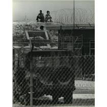 1980 Press Photo Cuban Refugees on Bunker in Florida - mja88008