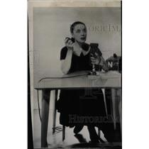 1947 Press Photo Martha Graham radio commentator - RRW95845