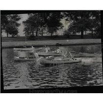 1950 Press Photo Boy Scouts Lincoln Park Lagoon