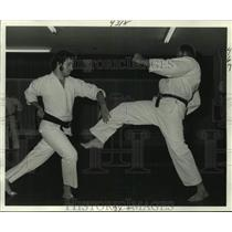 1978 Press Photo Black Belt holders John Laluda & Lucien Murzyn are sparring