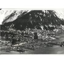 1975 Press Photo Juneau/Alaska Capital/Mountains - RRX85875