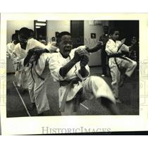 1988 Press Photo Karate students of the Blue Lion Academy at Gentilly Center