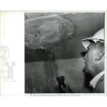 1988 Press Photo bridge patching in Zilwaukee, MI