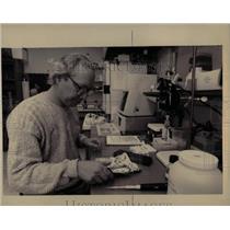 1994 Press Photo Professor Thaddeus Grudzien Oakland Un