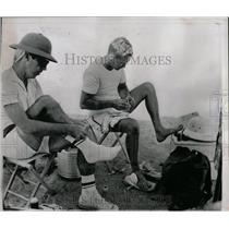 1966 Press Photo Cliff McAdams Gordon Ritzman Hikers - RRW08165