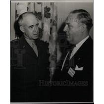1946 Press Photo General Omar Bradley & William Comer - RRX41535