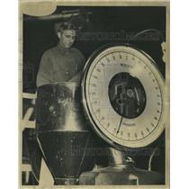 1941 Press Photo Water Crib Machine 68th Street - RRW34827