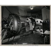 1948 Press Photo Illinois Tech Atom smashing McClurg - RRW65623