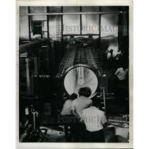 1969 Press Photo National Accelerator Laboratory Tech - RRW24455