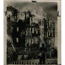 1964 Press Photo Fire in South Boston