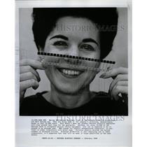 1968 Press Photo Marian Hutchinson Western Electric - RRW23383