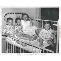 1958 Press Photo Herman Keiffer Hospital Child Patients