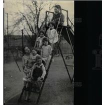 1932 Press Photo The Tuckaway Home Playground - RRX71979