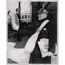 1960 Press Photo Detriot Newshop
