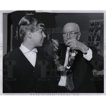 1966 Press Photo Joanne Scarborough (Swimmer) - RRW01559