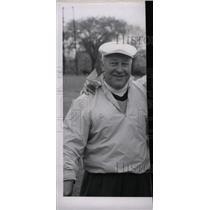 1957 Press Photo Warren Orlick Tam Shanter Professor - RRW74913