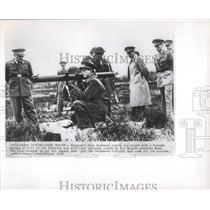 1952 Press Photo Belgium King Baudouin Bazooka Ardennes - RRX84589
