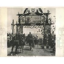 1944 Press Photo Ascension Day Calvacade Switzerland - RRX83229