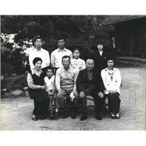 1979 Press Photo Farm Songc Kato family Portrait - RRX81791